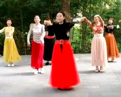 老年广场舞